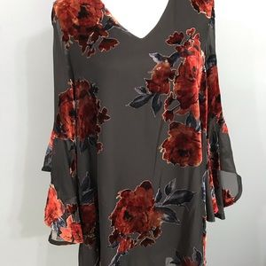 She & Sky velvet detail floral dress bell sleeves